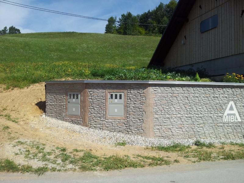 Betonska stena ob cesti